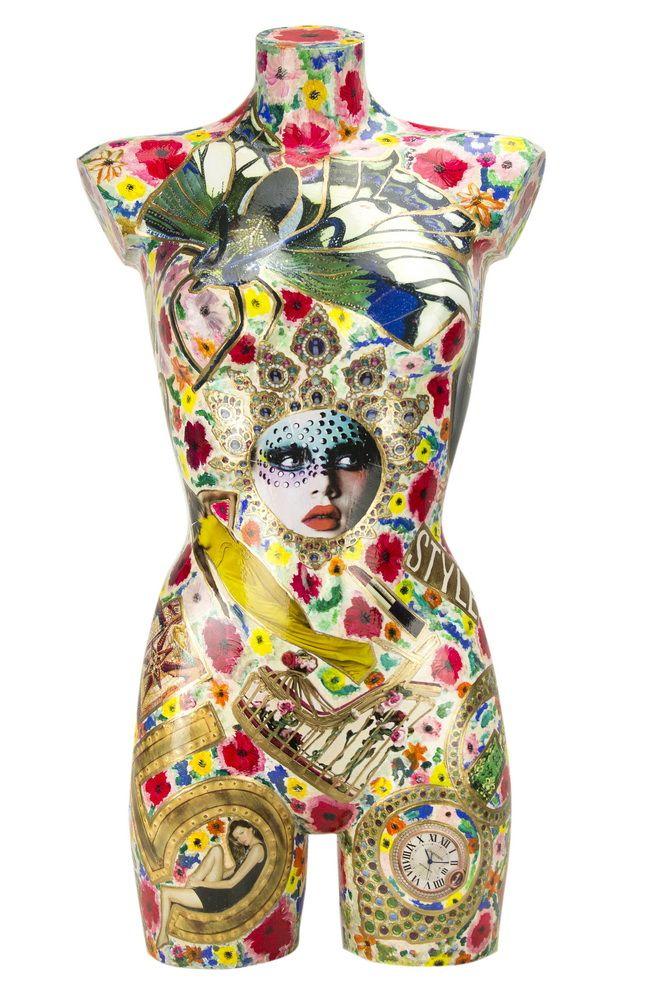 Busti fatti a mano l 39 artista utilizza diversi articoli di riviste di moda per la creazione di - Diversi stili di moda ...