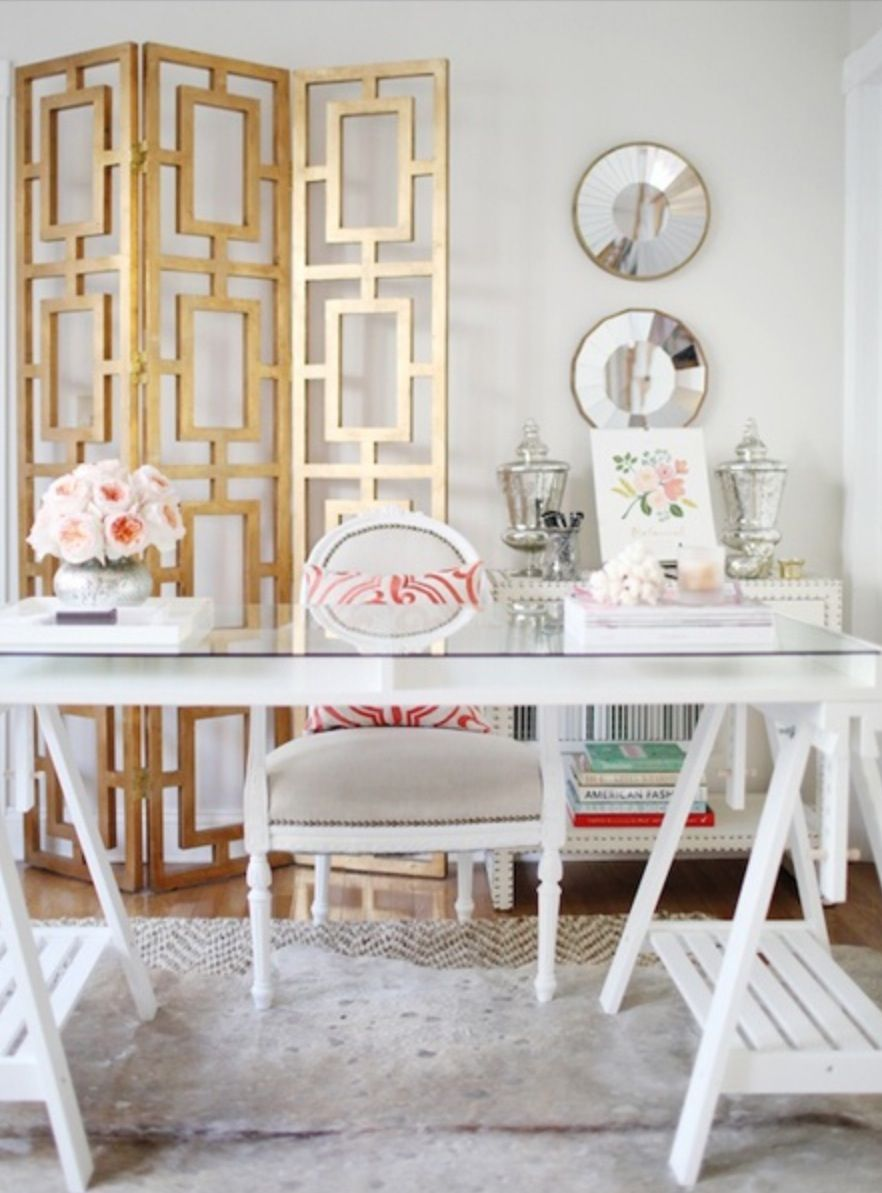 A Hollywood Regency workspace that makes the perfect home office ...