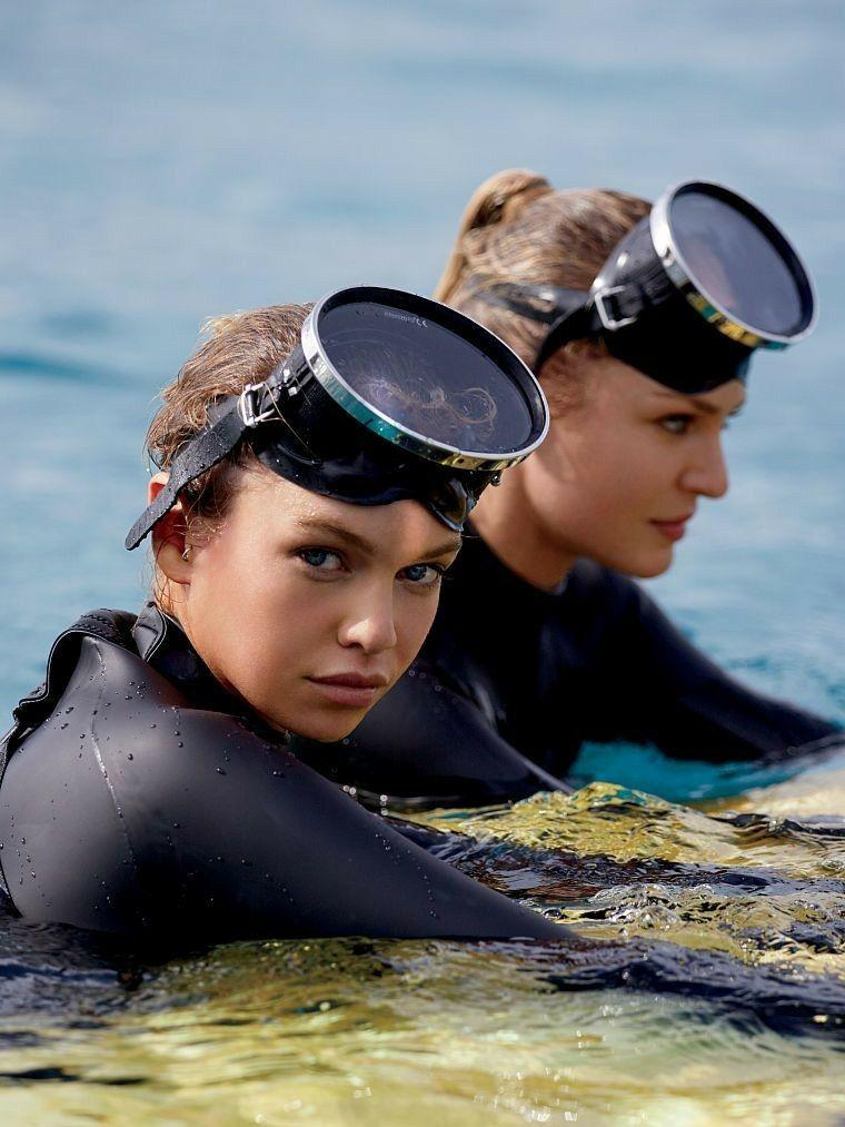 Pin By Luis Guillermo Granados On Neoprene Girl Scuba Girl Wetsuit Girl Scuba Diver Girls