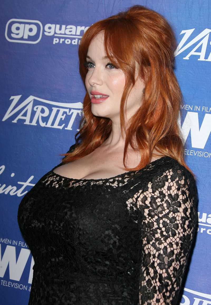 d21203360 CeleBitchy  Christina Hendricks lashes out at reporter   I think calling me  full-figured is just rude