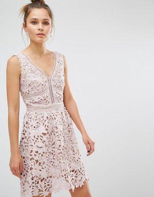 8f0e47936d New Look Premium Lace Skater Dress