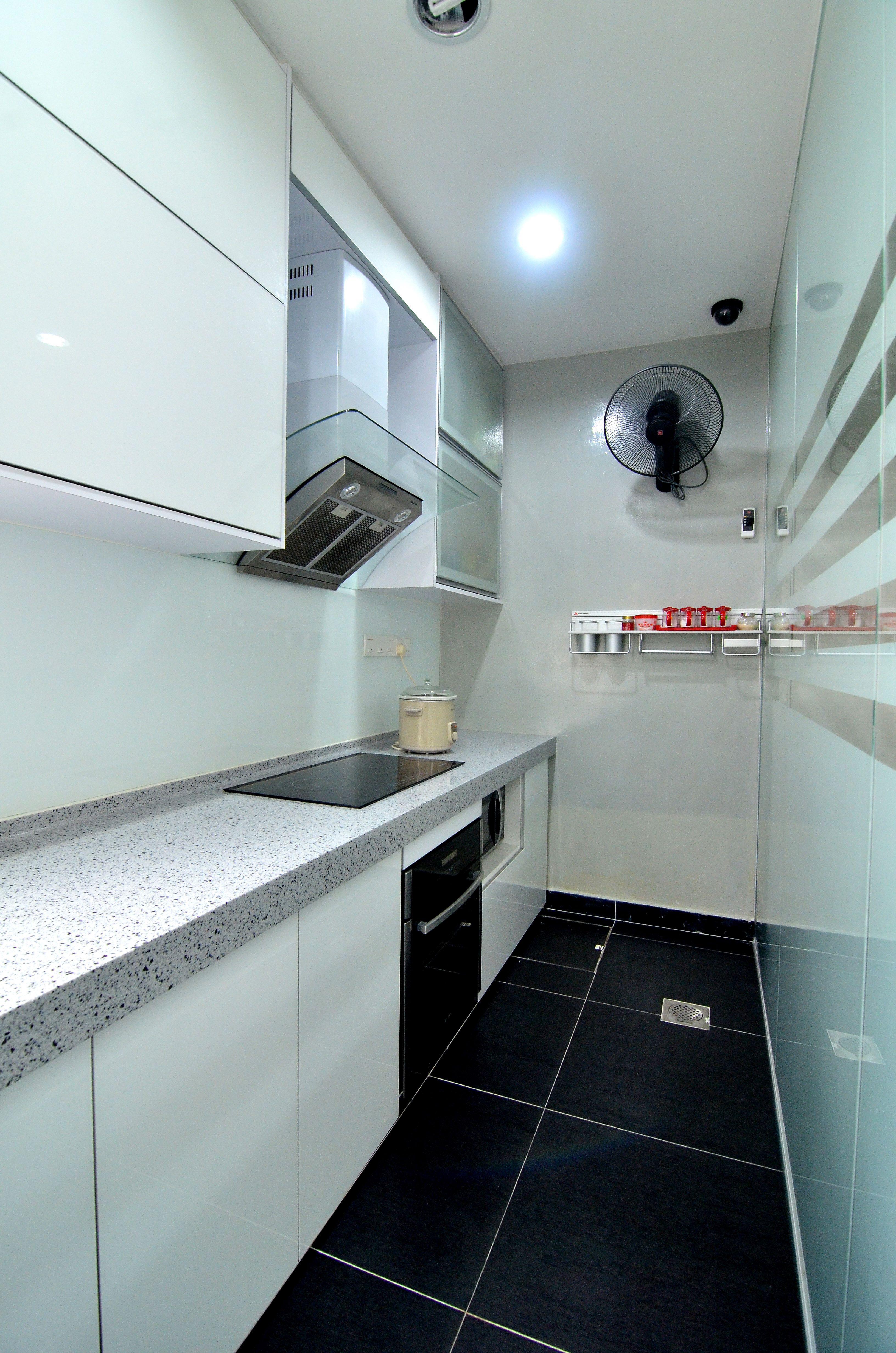 Modern style wet kitchen. blackandwhite glass partition ...