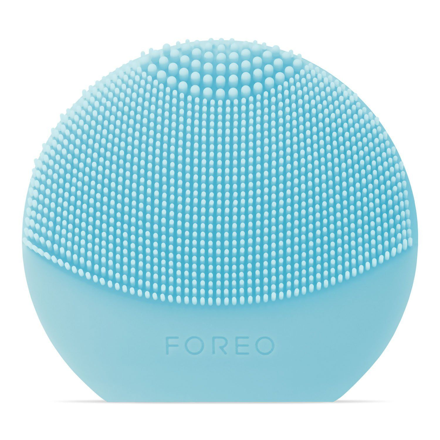 Facial Cleansing Brush  This cleansing brush is a lovelly addition