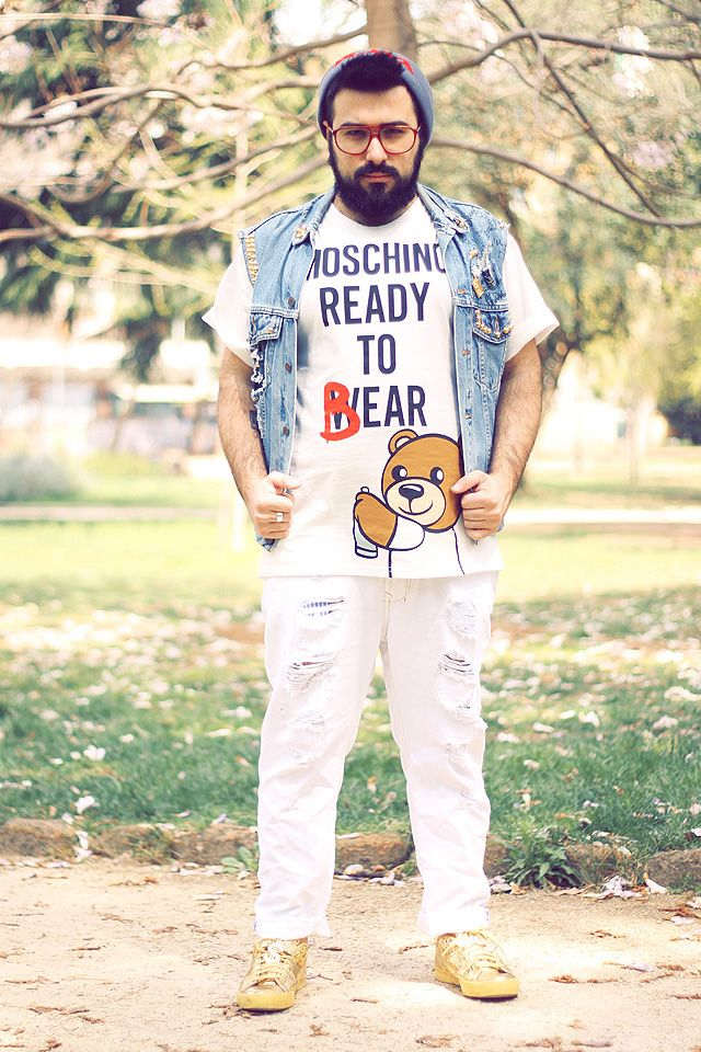 Moschino – Ready To Bear Tshirt By Guy Overboard