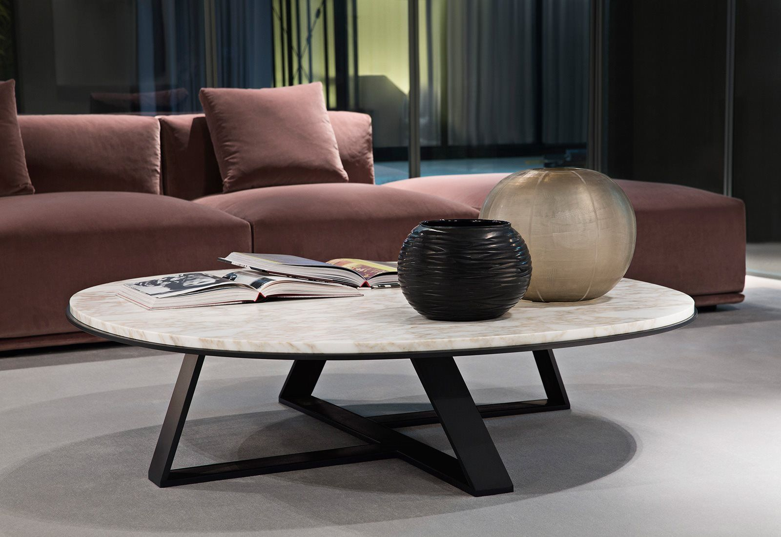Tavolini Soggiorno ~ Stoły z marmurowym blatem meridiani salone del mobile 2016