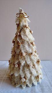 Angela Maria Artesanto: Arvore de Natal: bucha vegetal