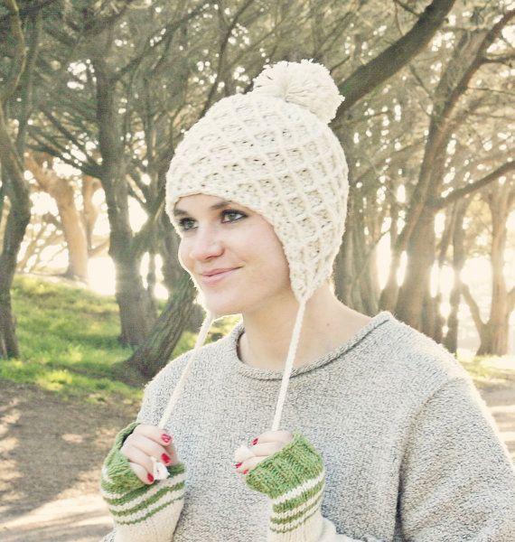 women\'s+crochet+pattern+winter+hat+with+ears   Crochet Ear Flap Hat ...