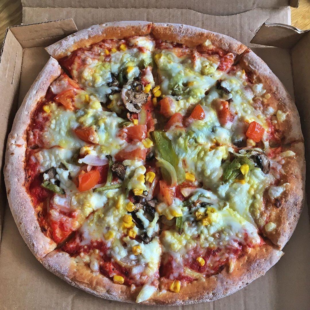 Pin By Geraldinebrady1001 On Vegan Pizza Vegan Pizza Food Vegetable Pizza