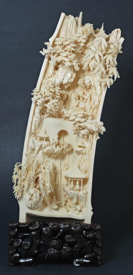 Jemstone busty pee-8991