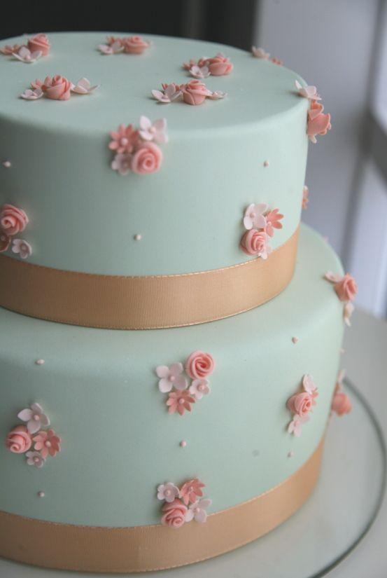 Cupcake: Peach and Mint!