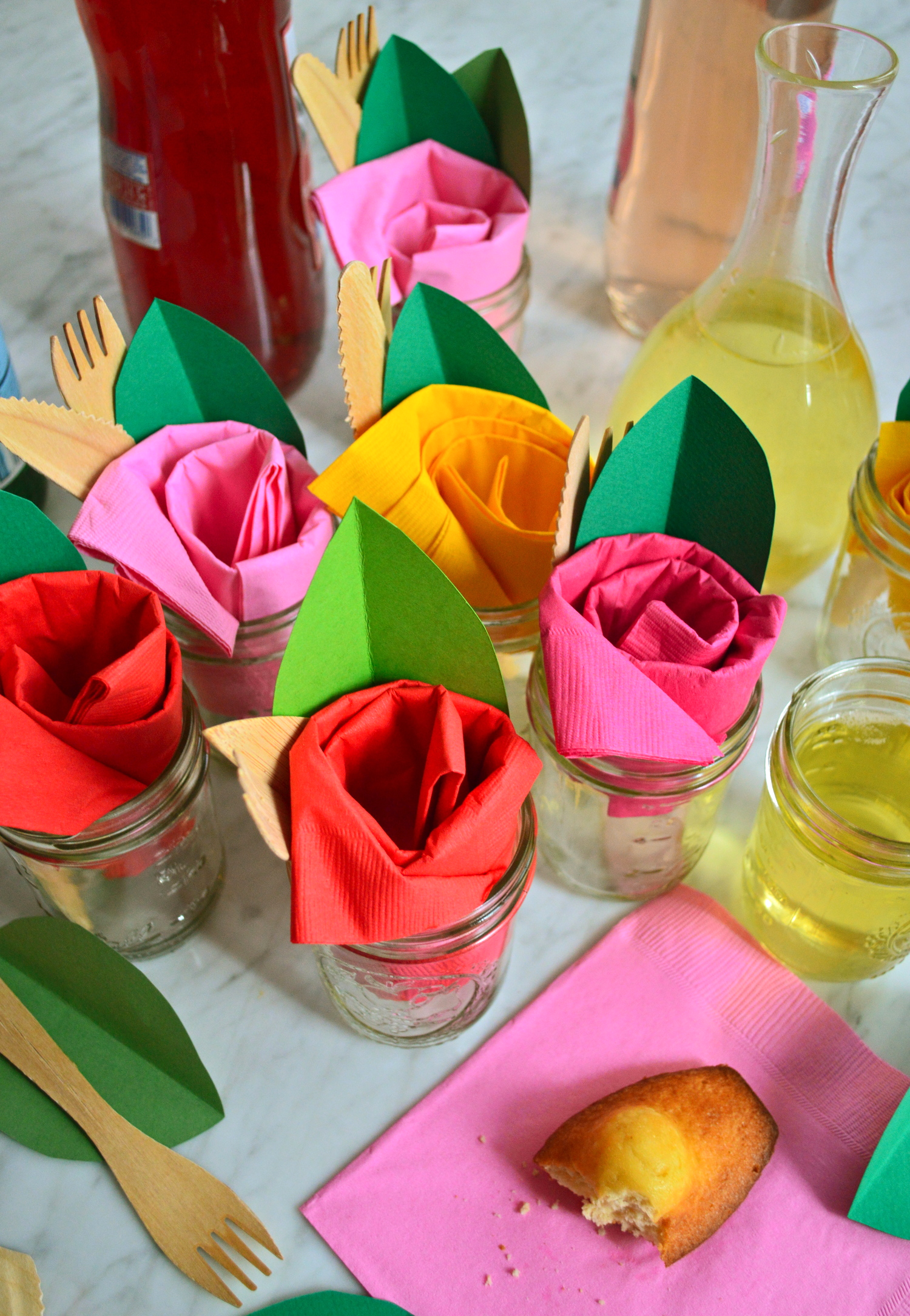 Paper Napkin Roses Tablescapes Pinterest Napkins Rose And