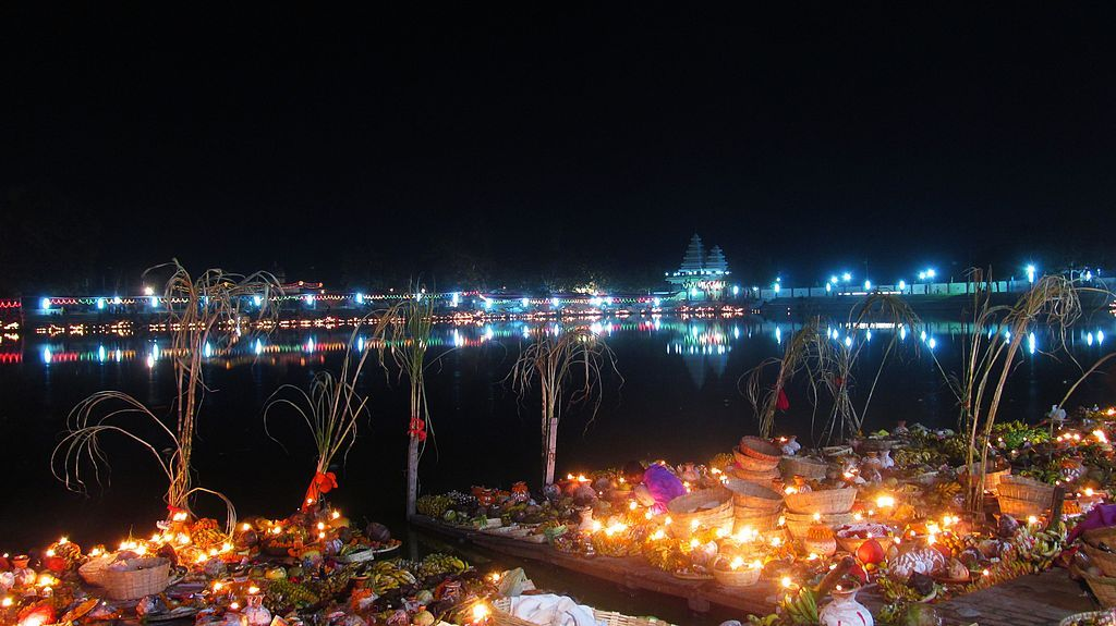Chaith in Janakpur | Chhath puja photo, Color festival, Hindu rituals