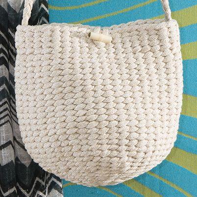 OHJE: Punottu pikkulaukku. By Silja Palviainen for Lankava Oy.