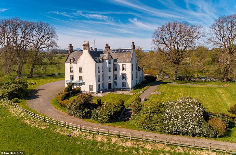 Scottish mansion where Winston Churchill stayed on sale