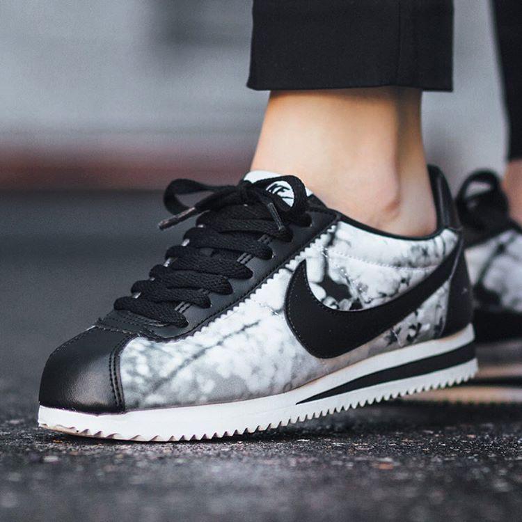 Nike Womens Shoes - Nike Classic Cortez Cherry Blossom Wolf Grey/White/Black X15c4642