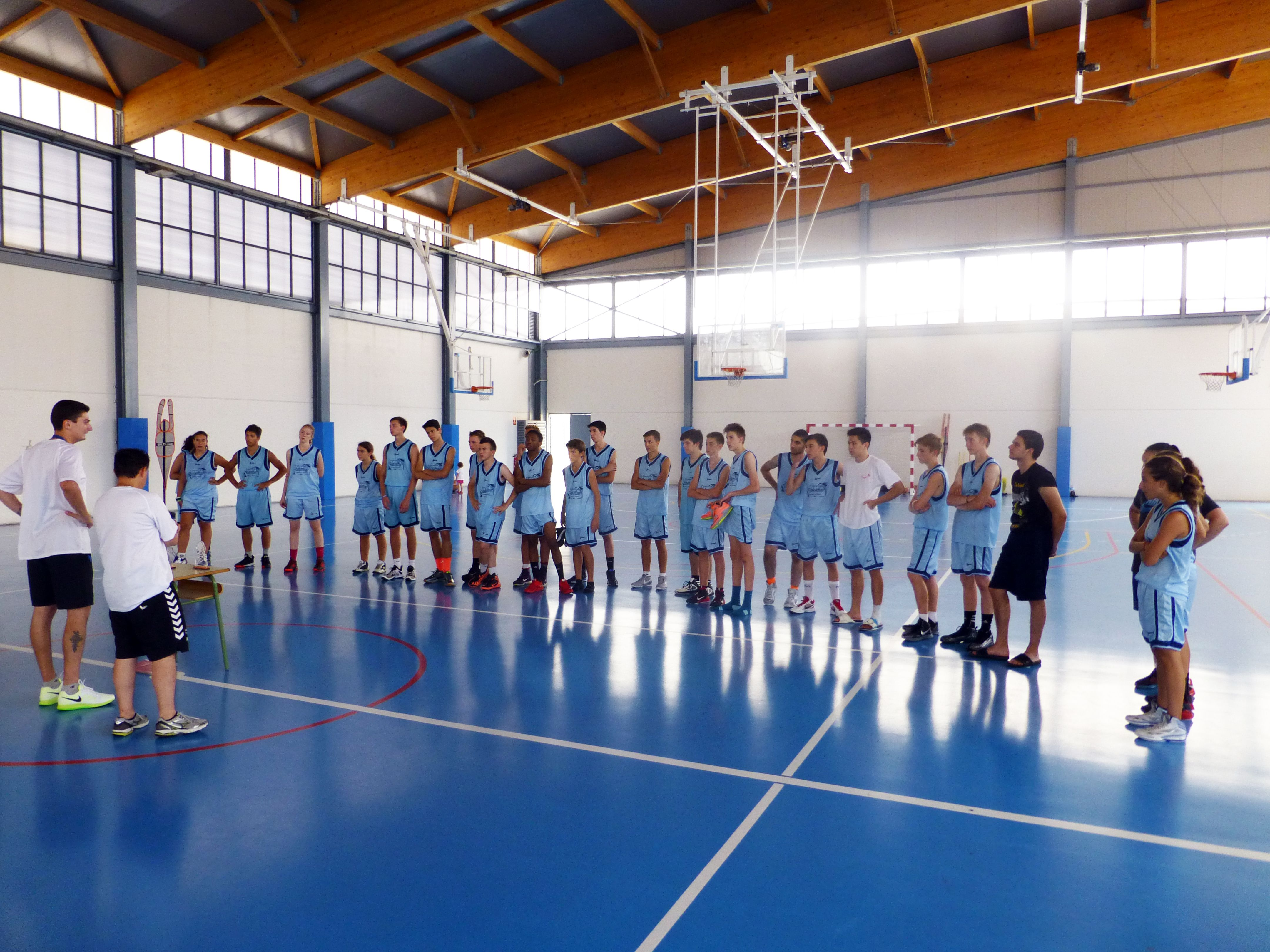 Basketball Camp In Alicante Spain Organized By Zadorspain International Summer Camps