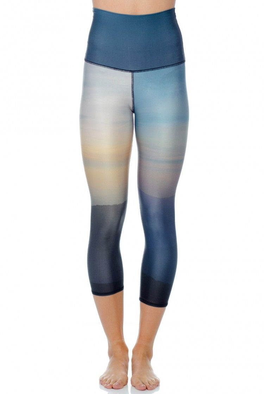 3fc940f7ad037 ADIDAS STELLA McCARTNEY YOGA 3/4 SEAMLESS LEGGINGS RED FLORAL LUXURY S87807  | Clothing | Stella mccartney adidas, Seamless leggings, Designer sportswear