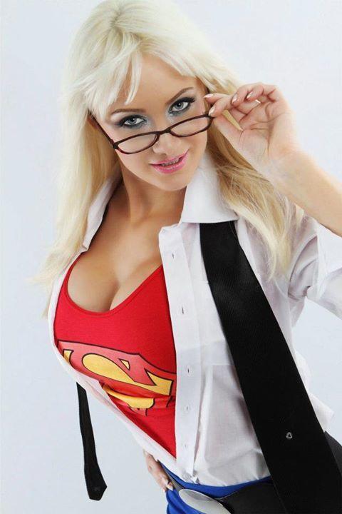 Kamisamafr Cosplay  Sexy Busty Supergirl Par Dayna Baby -3961