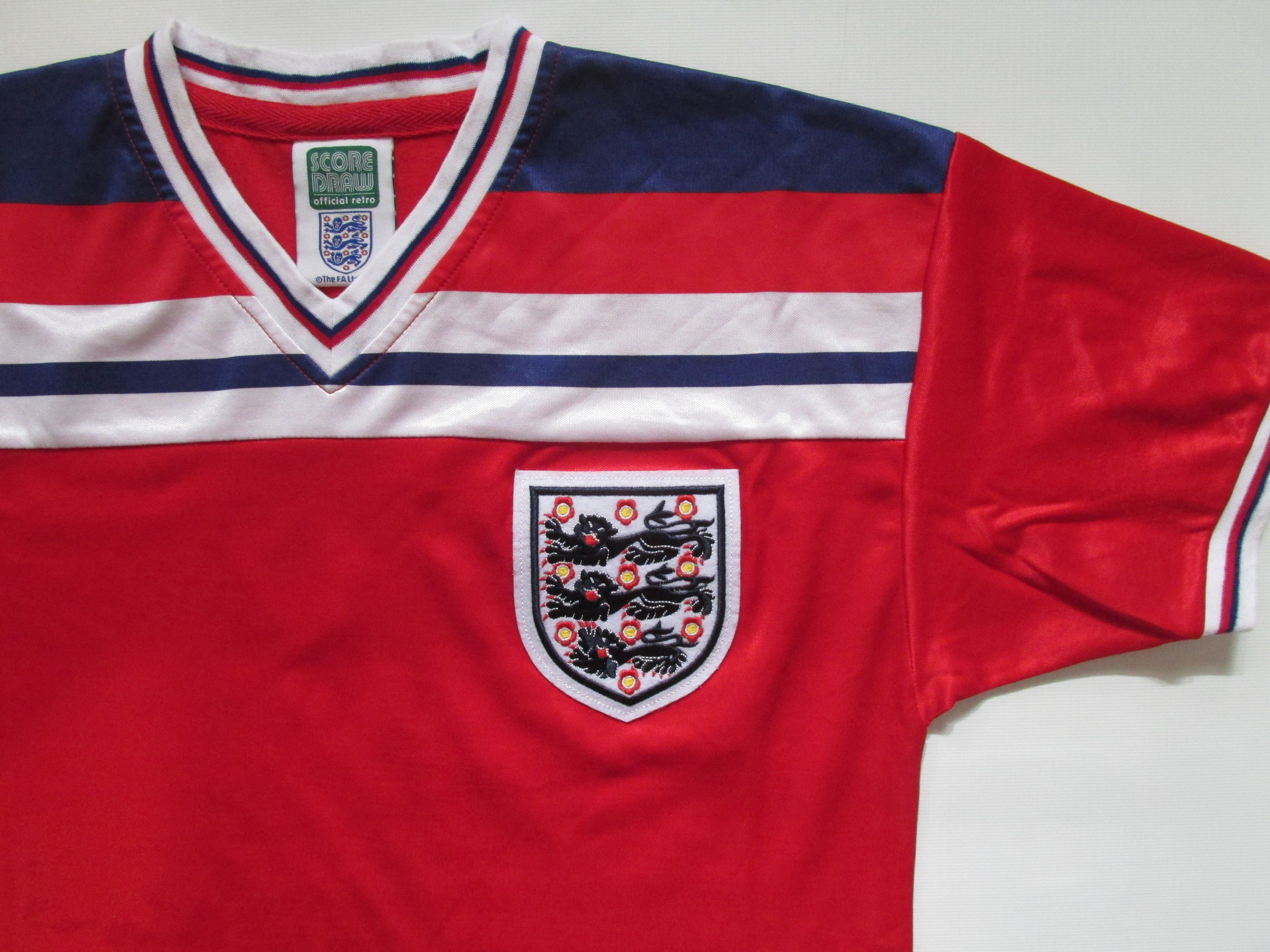 England 1980 1981 1982 1983 Away Football Shirt Retro Replica By Score Draw Threelions Worldcup Soccer Jersey Vintage National Football Teams Jersey World Cup