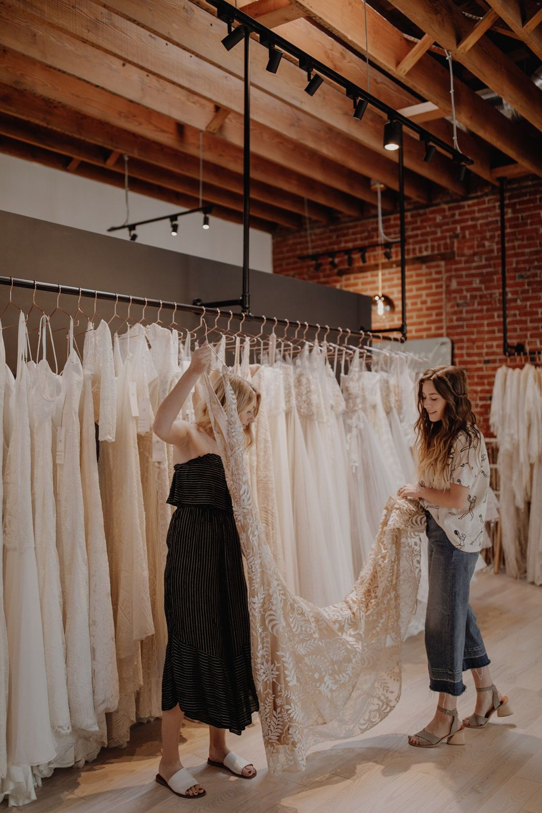 Get A Sneak Peak Into A Bridal Appointment At A Be Bridal Shop In Portland Oregon Pacific Northwes Bridal Shop Bridal Boutique Interior Bridal Shop Interior