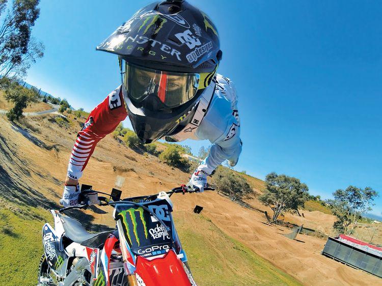 Sans les jambes ! Photo de sport, Gopro, Motocross