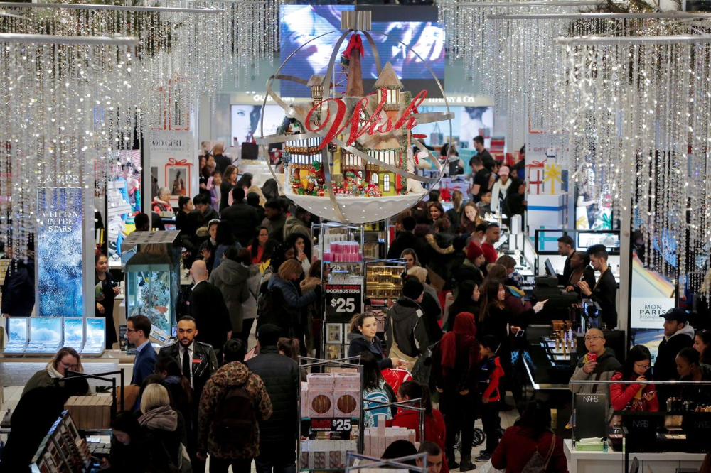 Retail S Other Problem Too Few Clerks In The Store Holiday Getaways Labour Market U S Holidays
