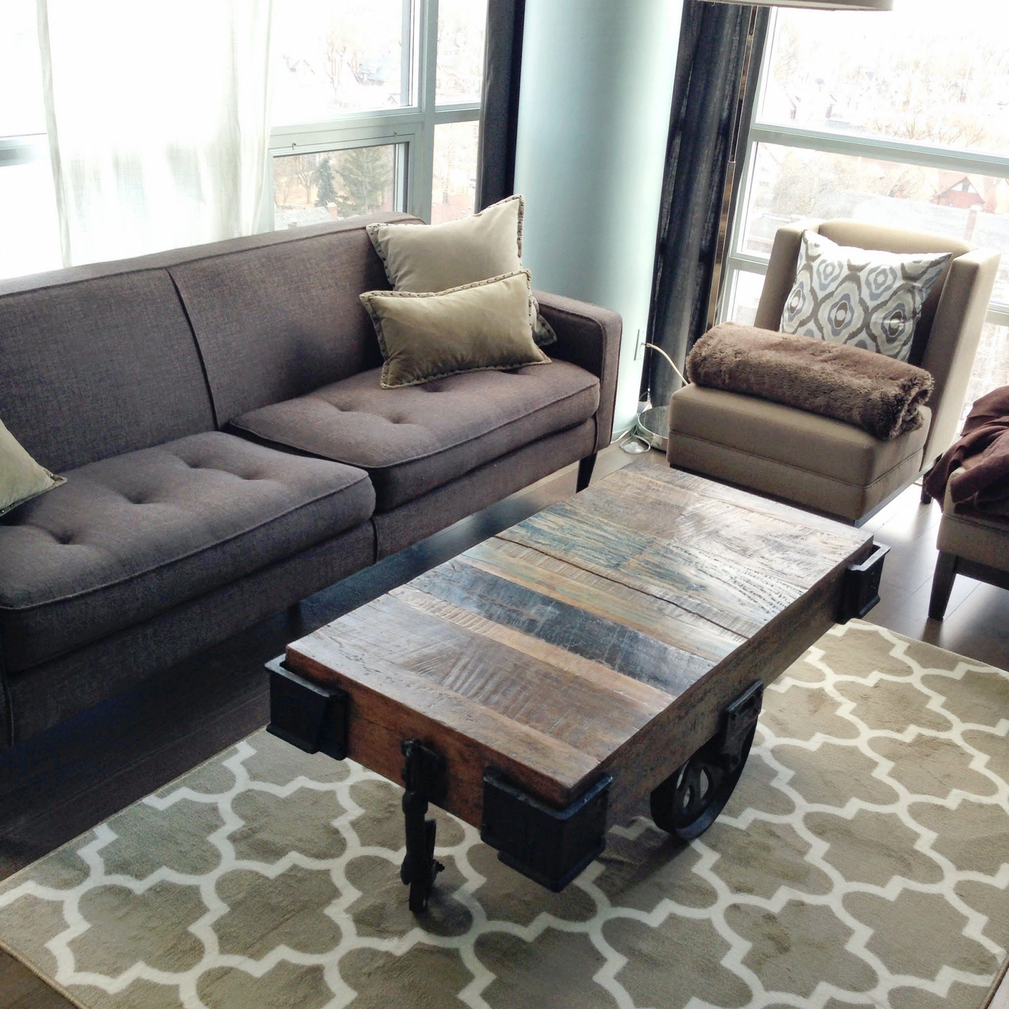 Threshold fretwork rug living room pictures