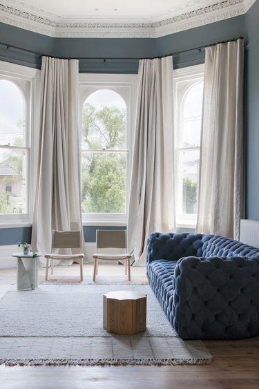Gallery Australian Interior Design Awards interior design - cortinas azules