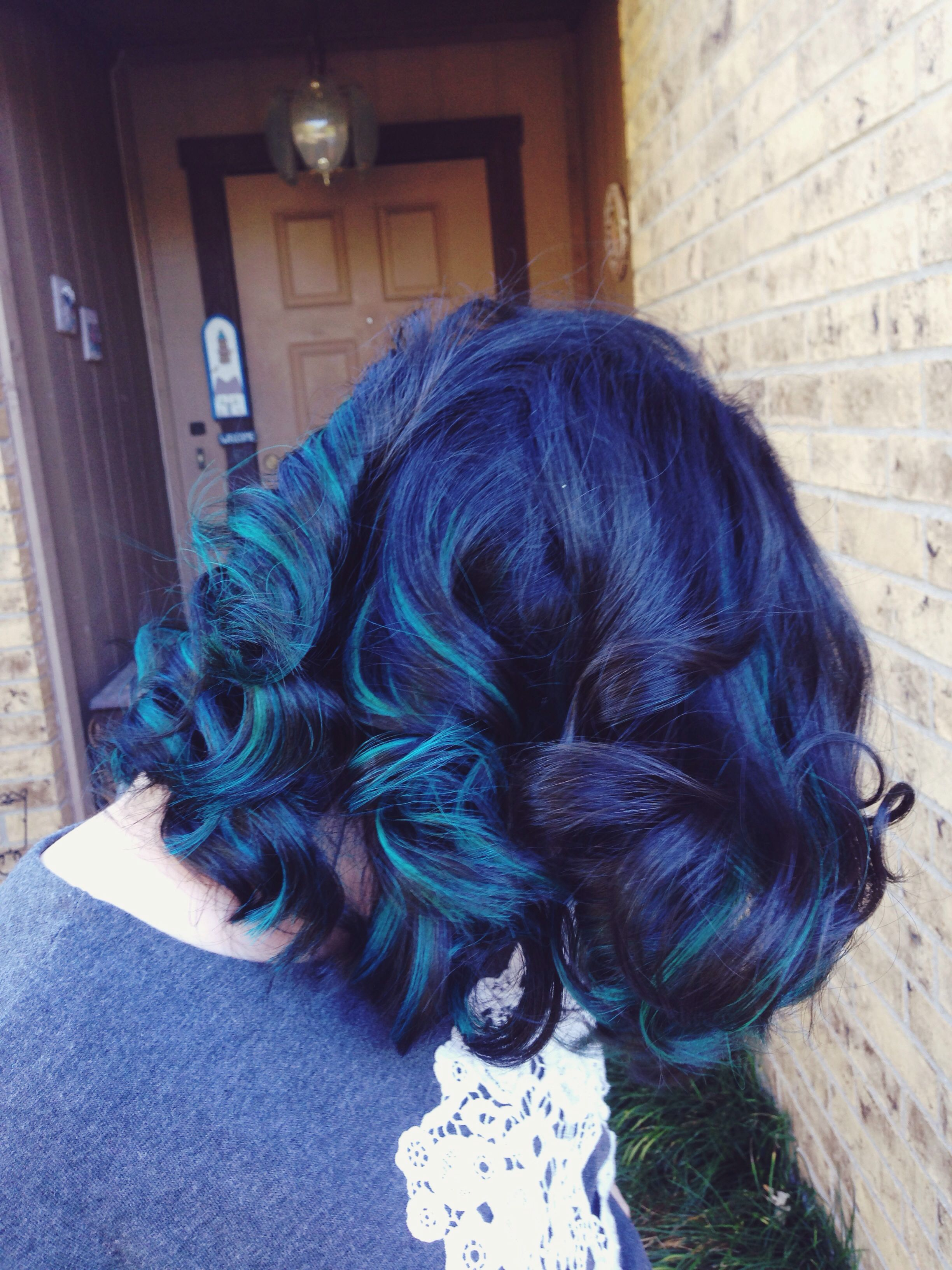 blue highlights and brown hair