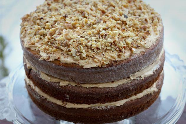 торт с изюмом и орехами и маком рецепт с фото