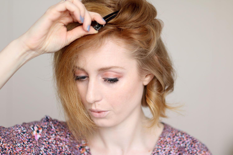 Locken Mit Dem Glatteisen Frisur Fur Kurze Haare Advance Your Style Kurze Haare Locken Locken Mit Glatteisen Kurzhaarschnitt Naturlocken