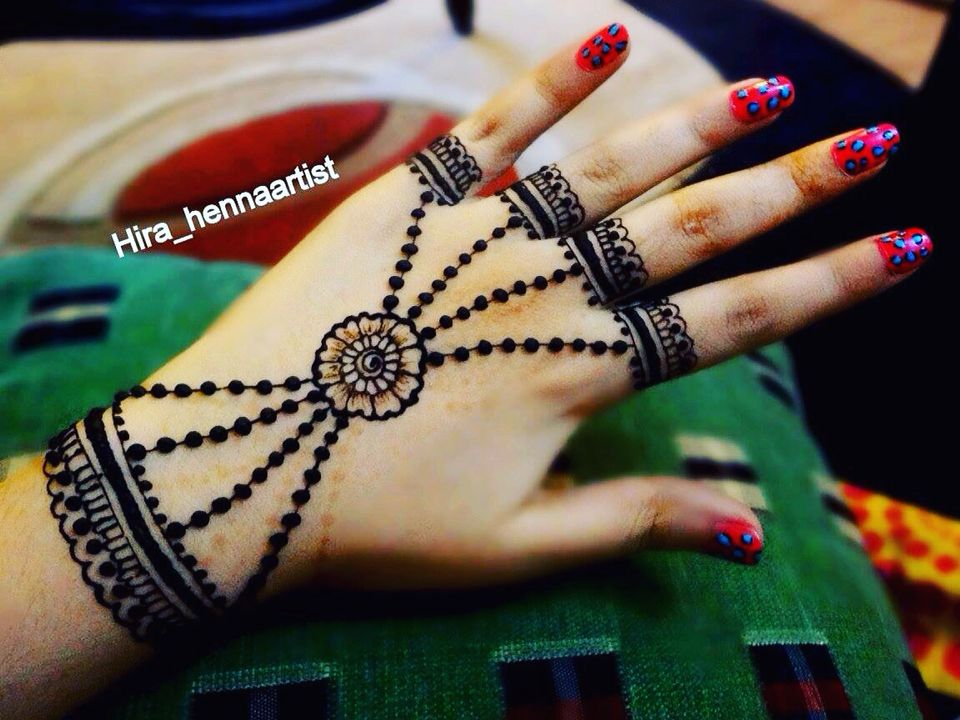 Beautiful jewellery style party henna for Eid