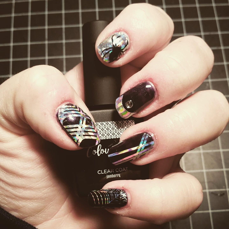 Halloween Nail Art Is Easy To Diy Using Jamberry Nail Wraps Easynailart Diynails Mani Nails Nailart Halloween Diy Nails Easy Nail Art Nail Wraps