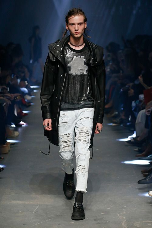 Versus Versace SS17.  menswear mnswr mens style mens fashion fashion style versusversace runway