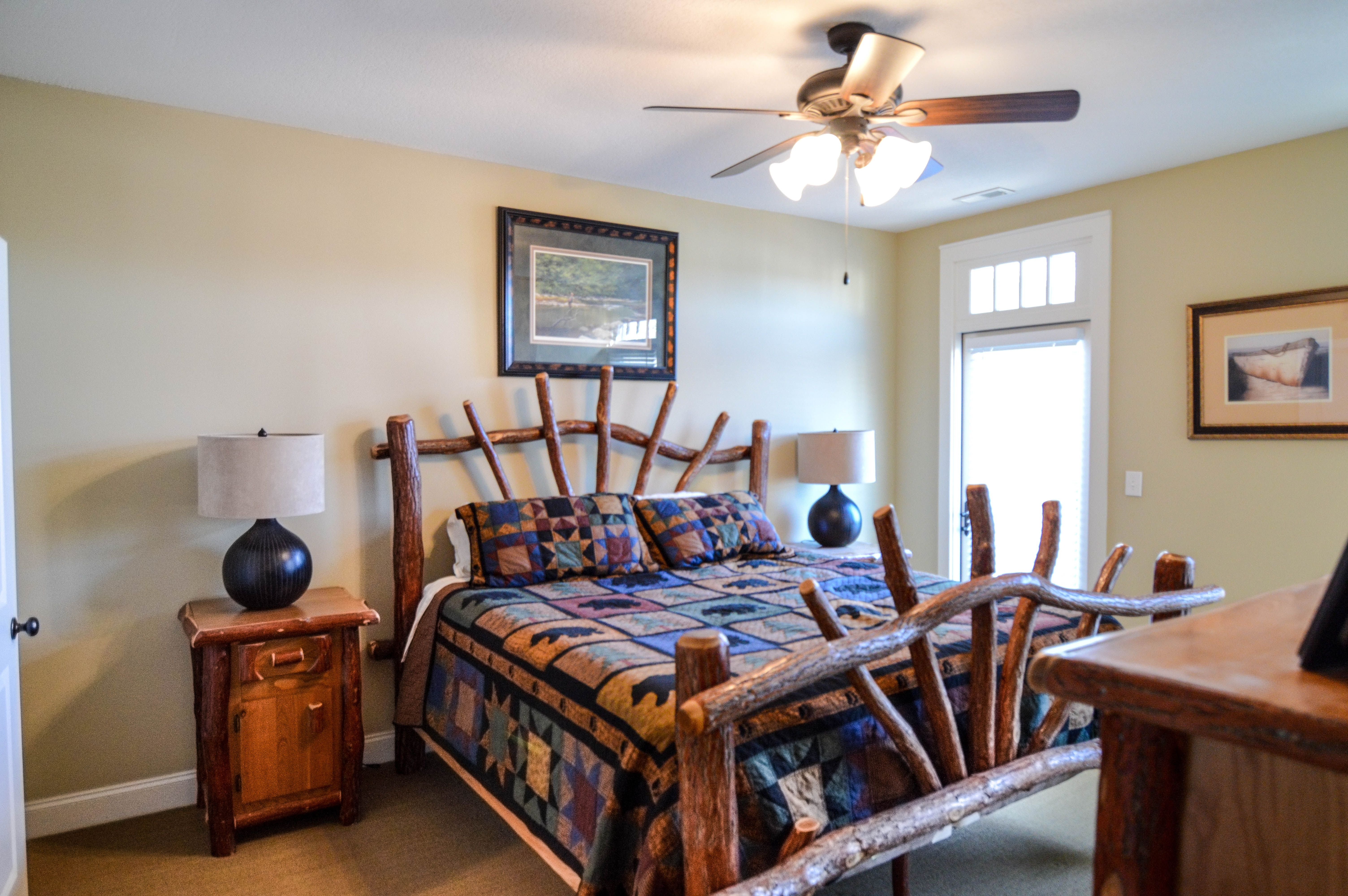 In this codo you will find 3 large bedrooms with good space to move around and for storage. Master bedroom has it's own ensuite! For more info or to book a viewing please contact Rick Andrews 706-970-7120 or email info@bestmountaindeals.com