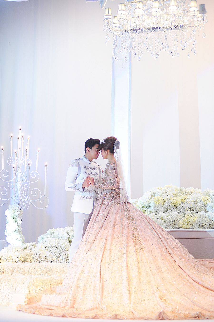 Amar Baharin and Amyra Rosli\'s Fairytale Wedding | Pinterest ...