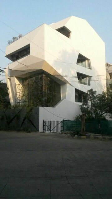 Origami house pune india sanjay puri architects for Architecture design for home in pune