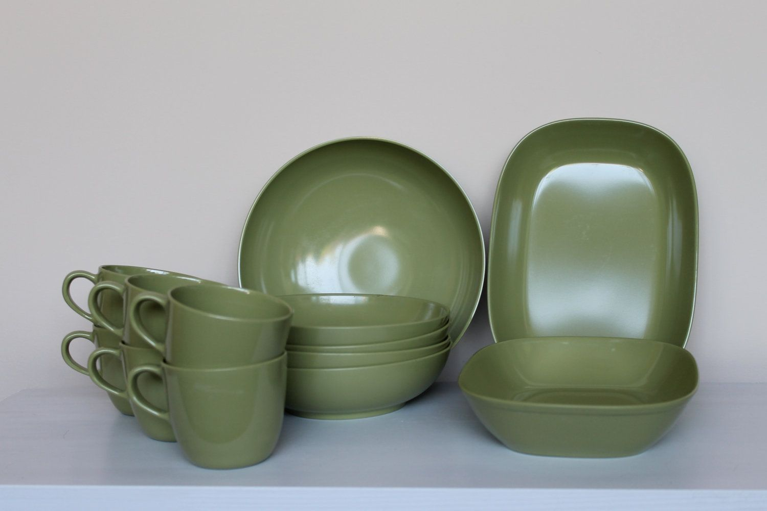 1950s set of 16 Melmac dishes by Texas Ware in acid avocado green. Branchell & 1950s set of 16 Melmac dishes by Texas Ware in acid avocado green ...