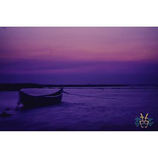 A nostalgic sunset becomes even more so with a lonely boat battling the tides of the Arabian sea.  #shutterbugged #instagram #againstthecurrent #nostalgia #longexposure #sunset #sea #waves #boat #nirvana #sky #skyporn #love #instagood #photooftheday #photography #seaside #seashore #seascape #sea_sky