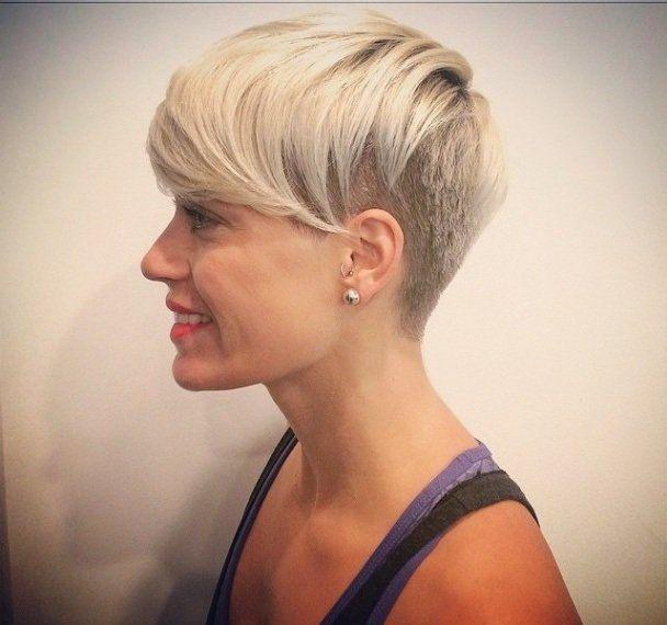 De+kleuren+voor+2015:+Platina,+zilver,+licht+blond…+13+trendy+korte+kapsels