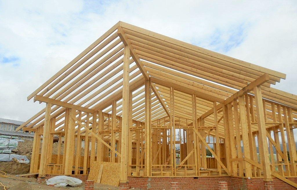 Construcci n casa de madera kuusamo log houses sede de la for Empresas constructoras de casas