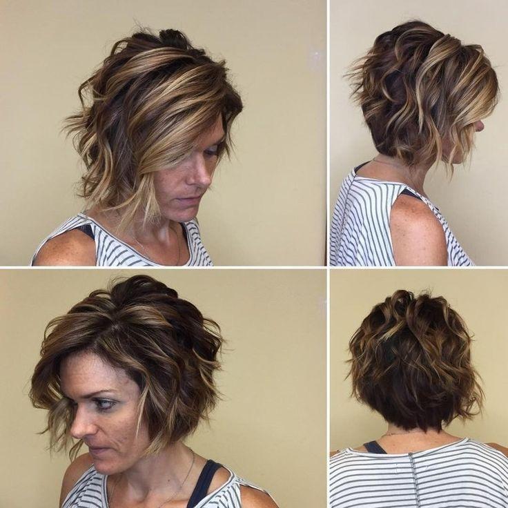 Schone Einfach Frisuren Kurz Gestuft Locken 2019 Einfach Frisuren Gestuft Kurz Naturlocken Frisuren Frisur Lange Haare Locken Bob Frisur Locken Kurz
