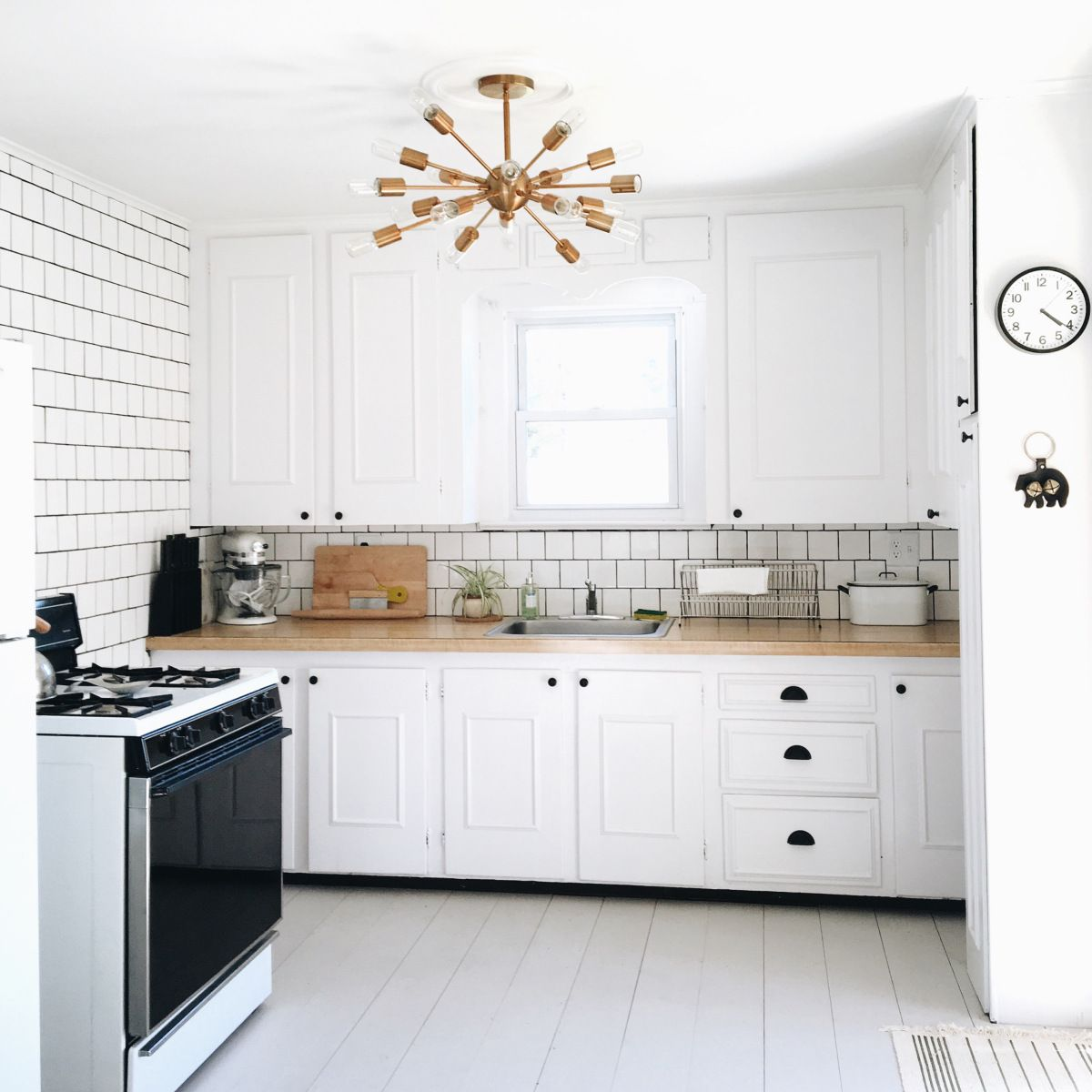 Things are finally cookinu white cottage kitchen renovation