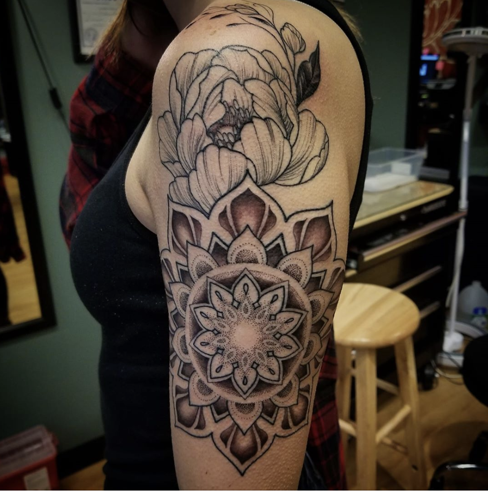 Sacred Lotus Tattoo Asheville Nc In 2020 Tattoos Tattoo Shop Lotus Tattoo