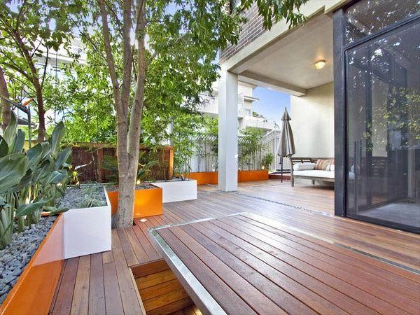 balkonpflanzen holzboden sichtschutz | terrassen | pinterest ... - Terrasse Aus Holz Gestalten Gemutlichen Ausenbereich
