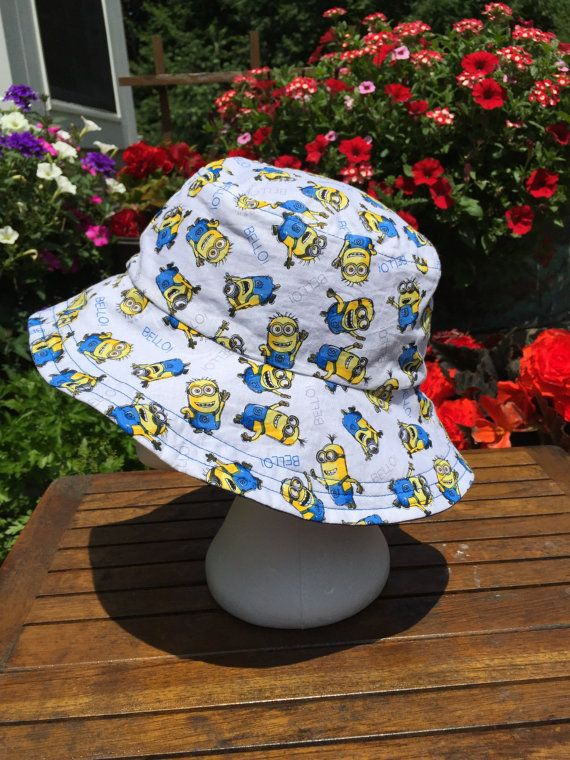 a3dfb2f06 Minion Despicable Me Reversible Bucket hat. by AbicoyCreations ...