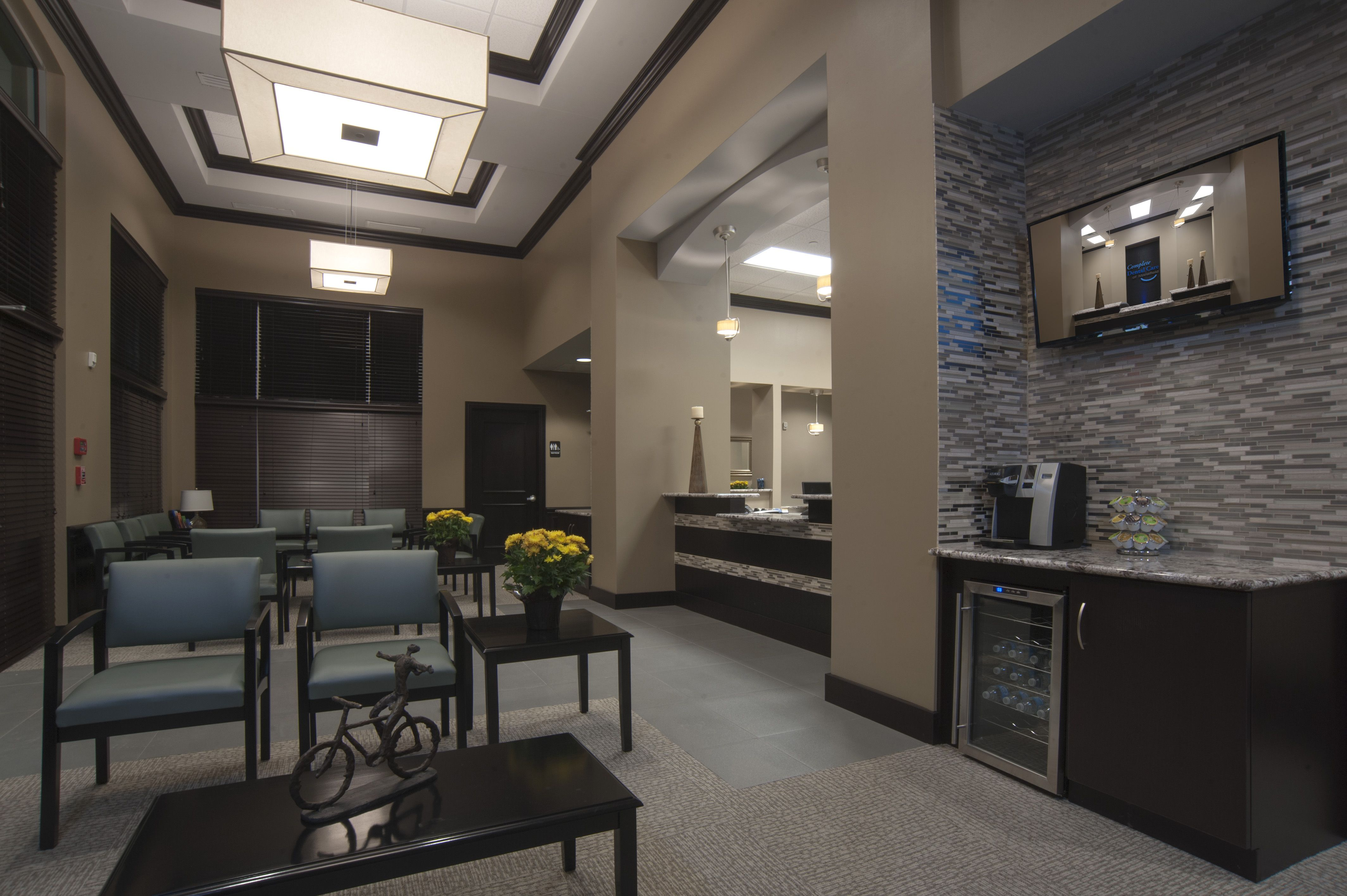 Complete dental care of mansfield lobby dental office