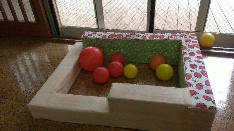 手作りおもちゃ 牛乳パックのミニボールプール 手作りおもちゃ 牛乳パック 手作りおもちゃ 折り紙 作り方