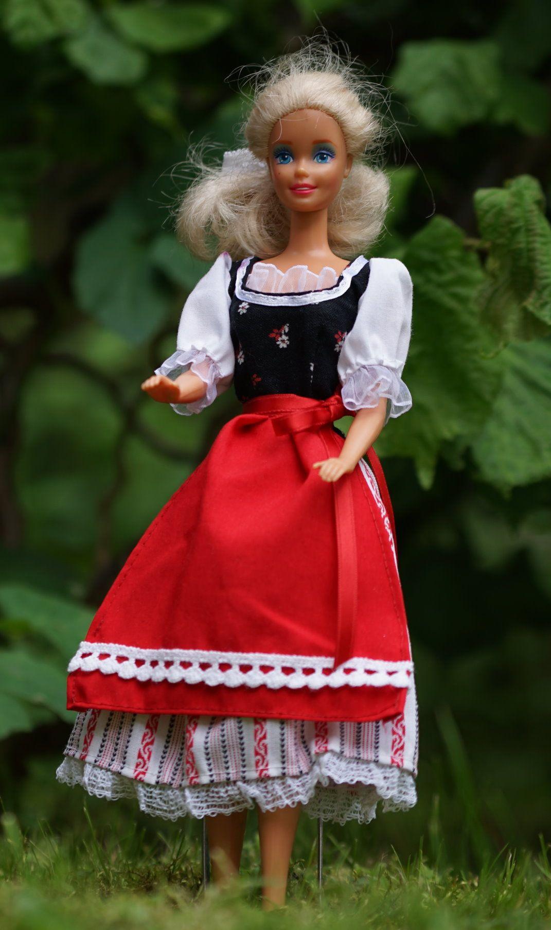 Puppen-Schnittmuster - Barbie Schnittmuster: Dirndlkleid ...