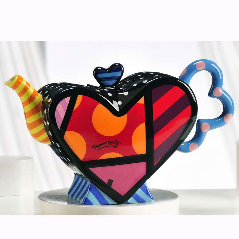 Britto Heart Shape Teapot. Reminds me of Sally from a Nightmare ...